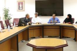 حلقة نقاشية عن مناهج الرياضة المدرسية بجامعة السلطان قابوس