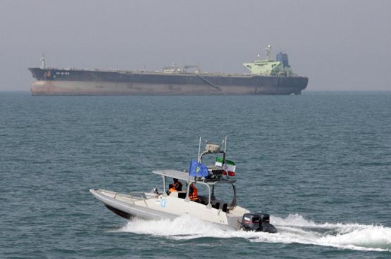إيران تعلن توقيف ناقلة نفط أجنبية في الخليج