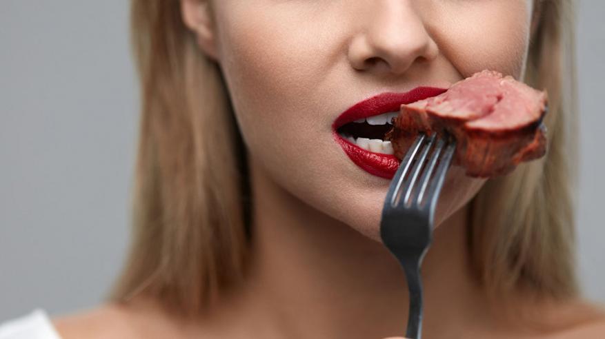 علماء يكشفون خطورة تناول اللحوم الحمراء
