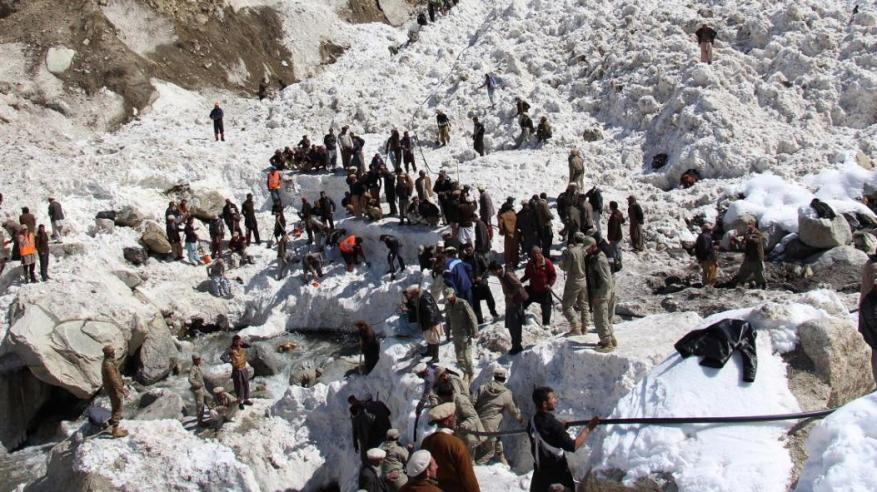 مقتل العشرات في أفغانستان وباكستان بسبب انهيارات ثلجية
