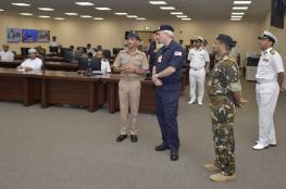 رئيس الأركان البحرية البريطانية يزور مركز الأمن البحري