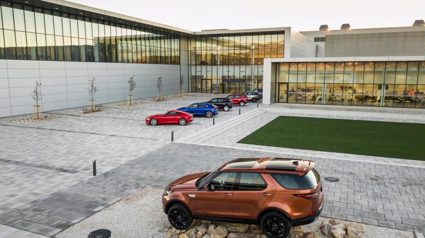 JAGUAR LAND ROVER OPENS MANUFACTURING PLANT IN SLOVAKIA (2)