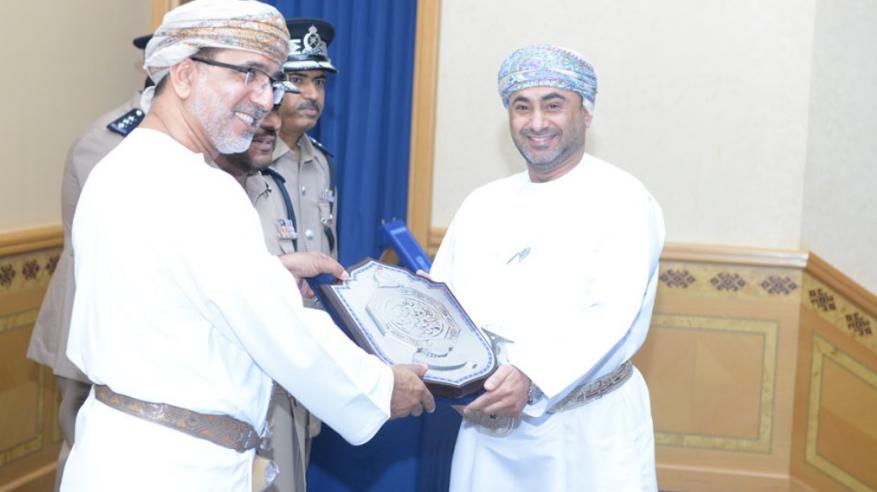 شرطة عمان السلطانية تُكرم عمانتل
