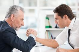 3 نصائح للمدراء: كيف تدير الموظف العنيد أو الهجومي أو المتحدي؟