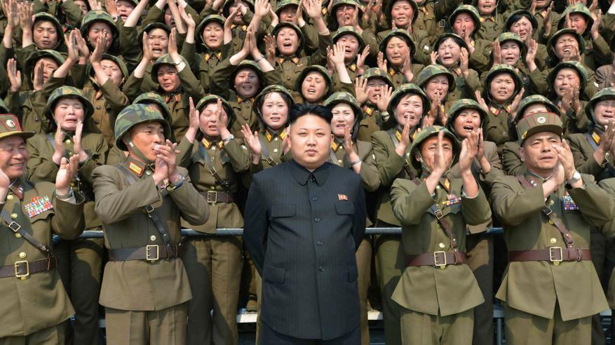 """أمريكا وكوريا الشمالية.. """"الهيستريا العسكرية"""" تهدد 64 عامًا من """"الصبر الاستراتيجي"""""""