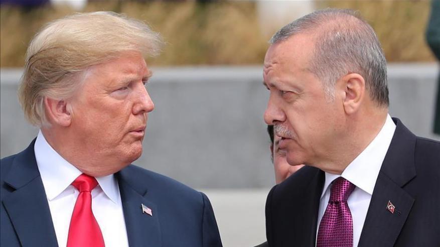 ترامب يتعهد بتدمير اقتصاد تركيا