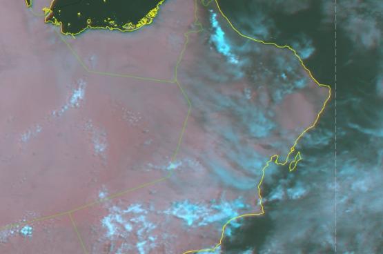 أمطار رعدية متفرقة على الظاهرة والبريمي وشمال الباطنة