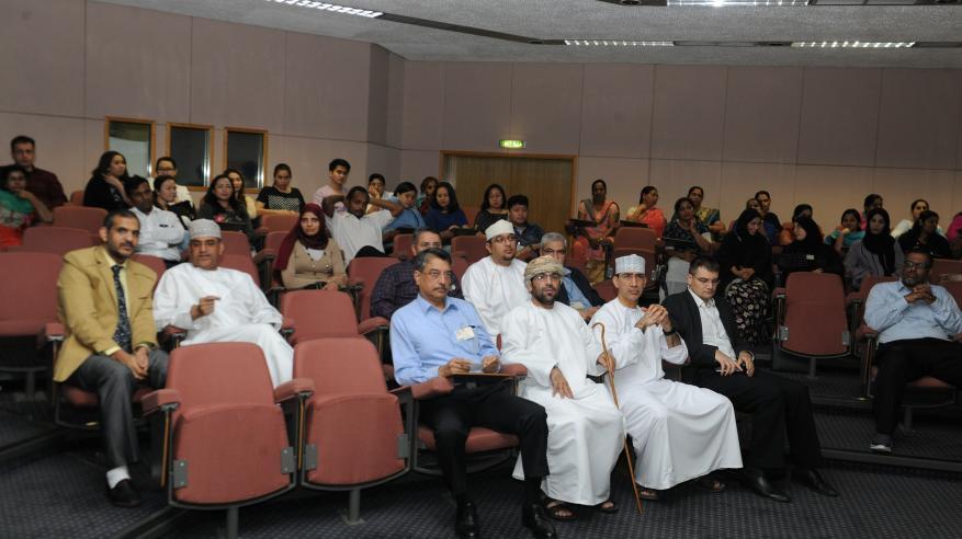 مناقشة تأثير الأمراض الوراثية على الكلى بالمستشفى السلطاني