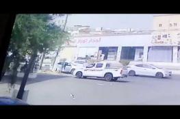 فيديو مروع .. سعودي يدهس شابين عمداً