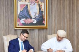 """""""النقل"""" تبرم اتفاقية مع """"نفط عمان"""" لإنشاء 4 محطات وقود مؤقتة على """"الباطنة السريع"""""""