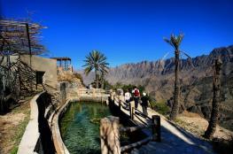 أنماط سياحية فريدة ومتنوعة تجذب السياح إلى السلطنة.. و500 قلعة وحصن تثري الجوانب التاريخية