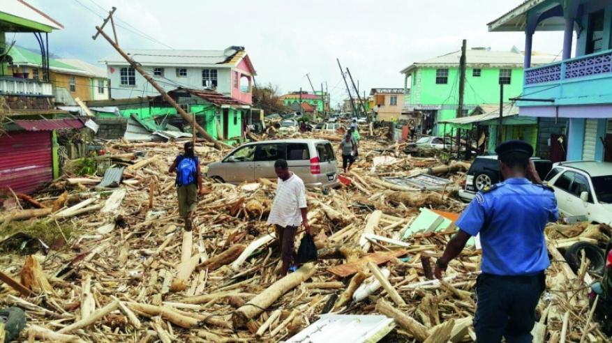 إعصار ماريا يحصد 25 قتيلاً وخسائر بـ45 مليار