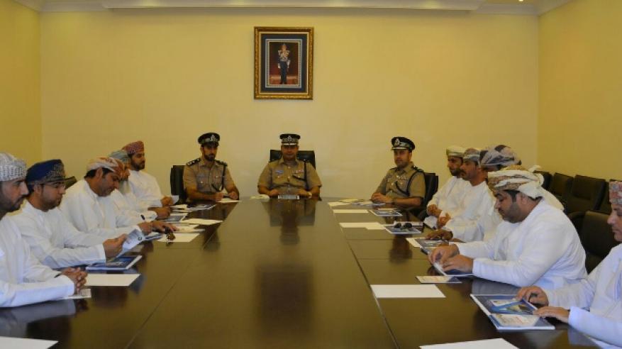 """""""شرطة البريمي"""" تلتقي برؤساء العلاقات العامة في المؤسسات الحكومية والخاصة"""