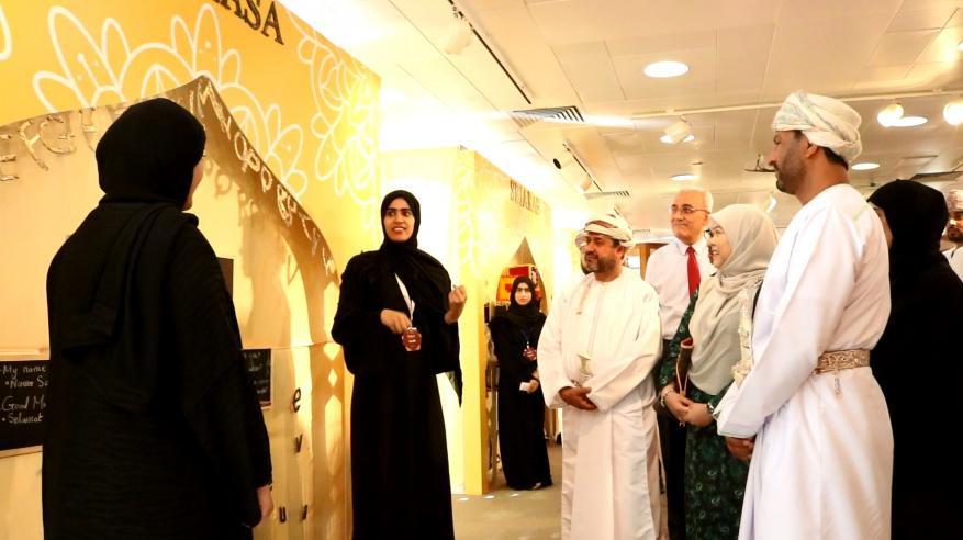 افتتاح معرض الأسبوع الحضاري لبروناي بجامعة السلطان قابوس