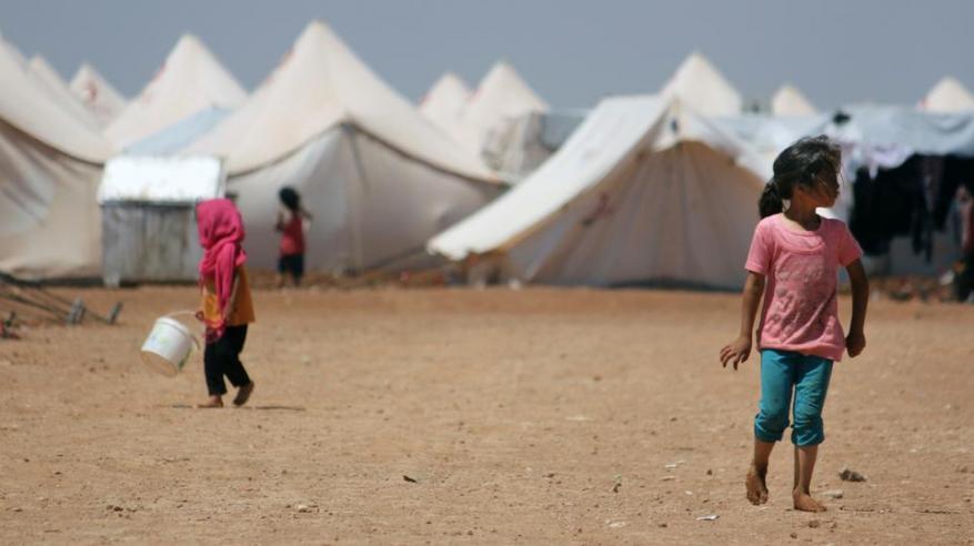 24033_SYR-2017-12-17-Jarablus-refugee-camp-AP_1513486747551