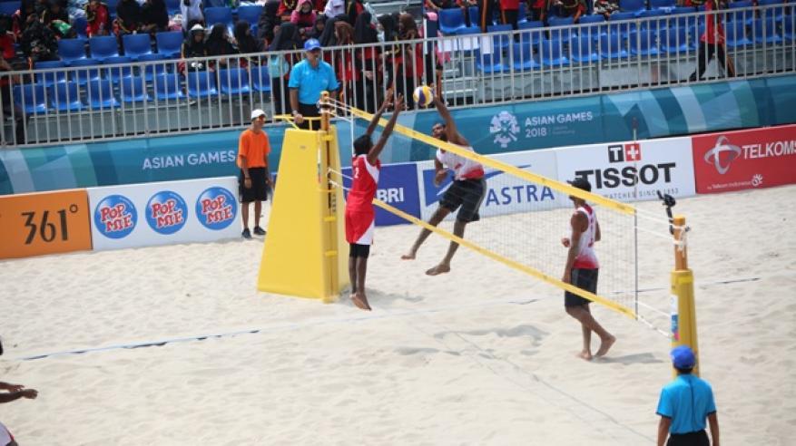 جانب من مباراة منتخبنا الوطني للكرة الشاطئية  مع المالديف