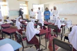 """وكيل """"التعليم والمناهج"""" يقف على سير العملية التعليمية في مدارس الوسطى"""