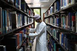 """مختصون: معرفة الشباب بالمحيط العربي ضحلة.. وأولويات منصّات """"التواصل الاجتماعي"""" انحدرت بالوعي"""