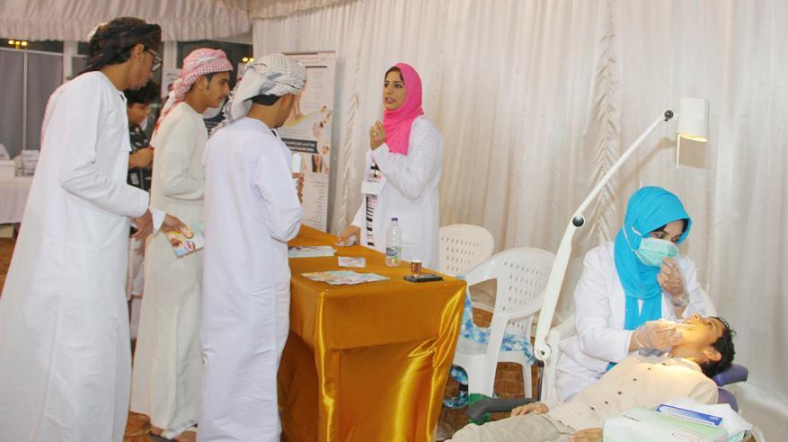 وزارة الصحة تستهدف صحة الفم والأسنان لزوار المهرجان
