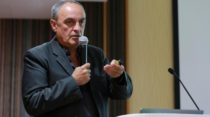 الدكتور فيليب بيزار