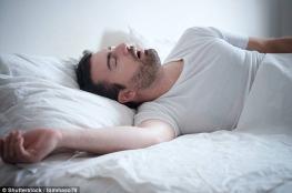 أضرار قد لا تعرفها عن الشخير أثناء النوم