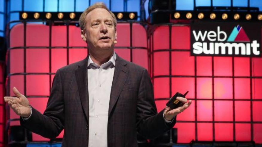 """""""قمة الويب"""" تنتقد عدم وصول الإنترنت لملايين البشر في العالم"""