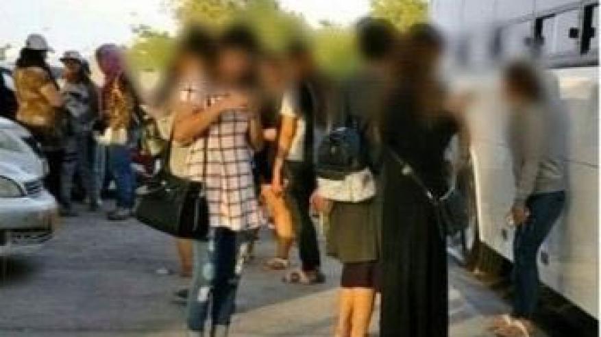 ضبط 38 امرأة بتهمة ممارسة أعمال مخلة بالآداب بمسقط