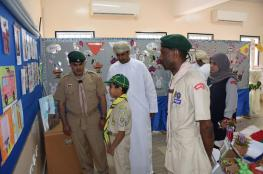 الندابي يطلع على سير عمل الوحدات الكشفية والإرشادية بتعليمية البريمي