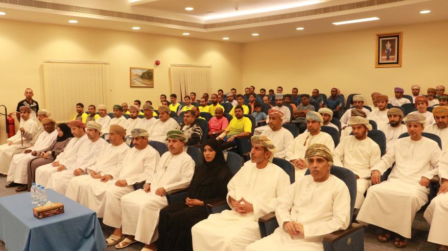 شرطة عمان السلطانية تختتم مسابقات رمضان الثقافية والرياضية