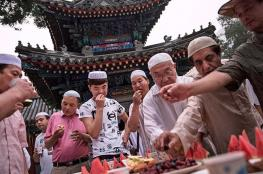 """أغرب عادات الشعوب في رمضان عبر """"صوت الرؤية"""""""