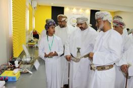 تعليمية ظفار تحتفل بافتتاح مبنى مركز الابتكار والروبوت العلمي