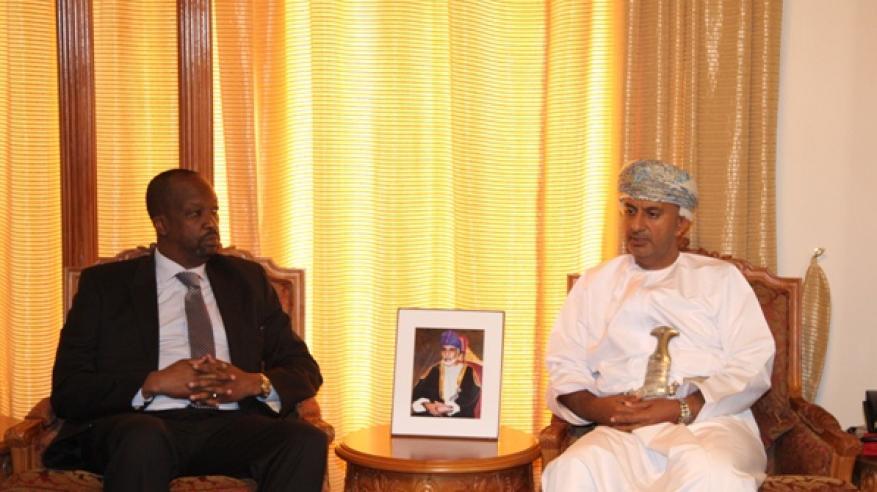 معالي وزير التجارة يلتقي برئيس غرفة كينيا