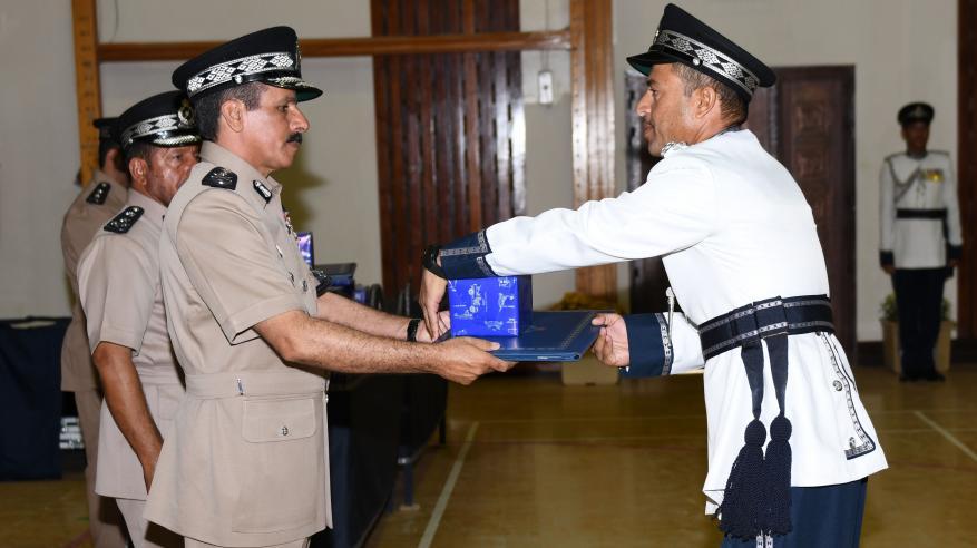 حفل تسليم الشهادات الدراسية للضباط الخريجين 12