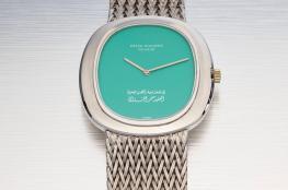 بيع ساعة القذافي في دبي بسعر خيالي