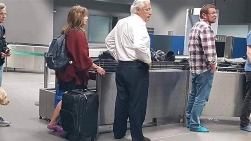 إجبار السفير الأمريكي لدى إسرائيل على خلع حذائه
