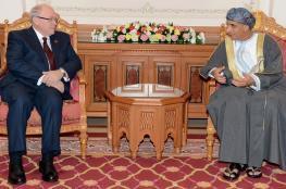 نيابة عن جلالة السلطان.. السيّد فهد يستعرض تعزيز التعاون مع رئيس مجلس الشيوخ الكندي