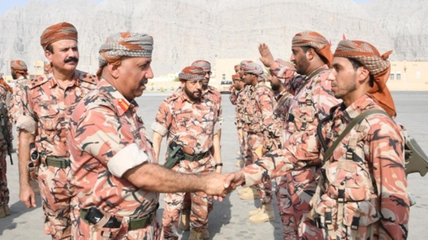 زيارات عسكرية لمسندم (6)