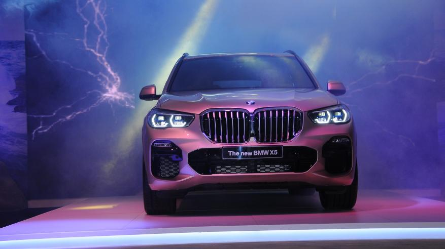 Oman welcomes BMW X5 2
