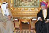 جلالة السلطان يقيم حفل عشاء خاص لأمير الكويت