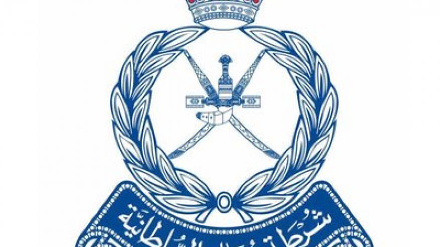 شرطة مسندم تلقي القبض على 13 متهما بارتكاب 3 جرائم