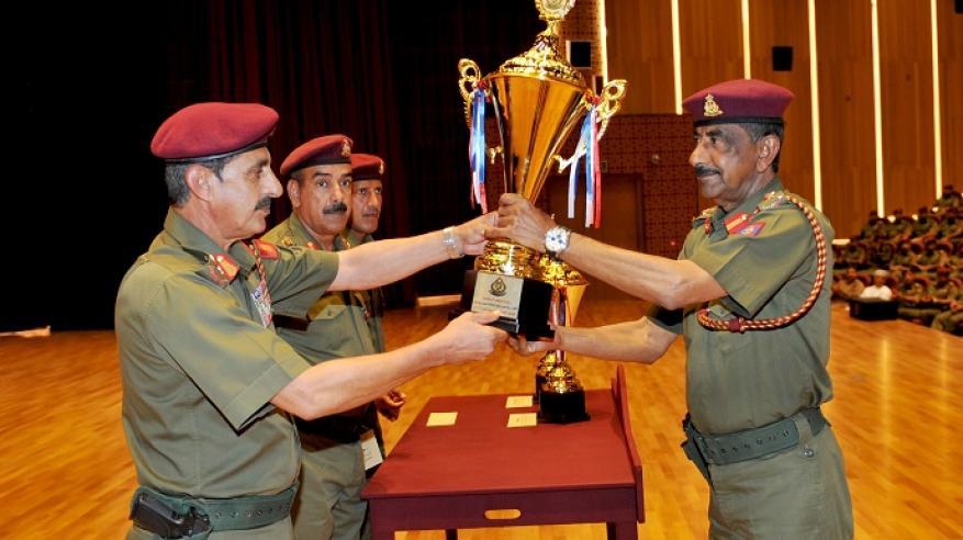 الاحتفاء بالمجيدين في الحرس السلطاني العماني