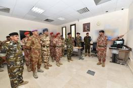 """عدد من قادة قوات السلطان المسلحة يزورون تمرين """"الحزم"""" بكلية القيادة والأركان"""