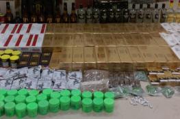 القبض على وافد يبيع الكحول والسجائر الممنوعة بسمائل