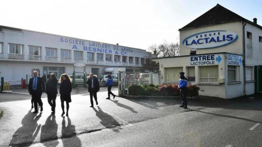 lait-contamine-lactalis-craint-de-perdre-des-centaines-de-millions-d-euros