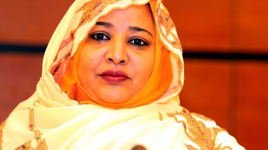 صحيفة تكشف.. هل طلبت زوجة الرئيس السوداني اللجوء إلى الإمارات؟