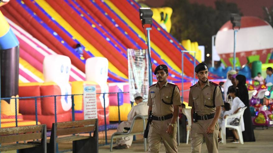 تواجد شرطي لتأمين مواقع فعاليات مهرجان صلالة السياحي