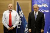 تعرف على وزير الدفاع الإسرائيلي الذي أقالته المقاومة الفلسطينية