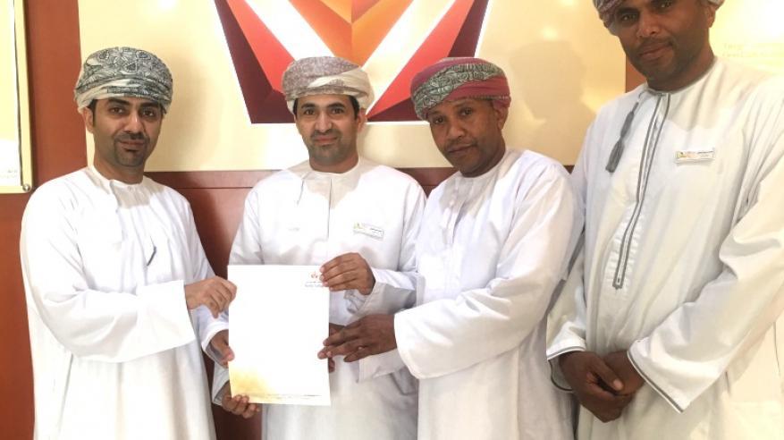 بنك صحار يدعم فرع الداخلية للجمعية العمانية للسرطان