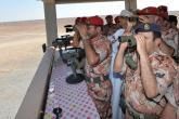 الجيش السلطاني العماني يدشن ناقلة جند مدرعة