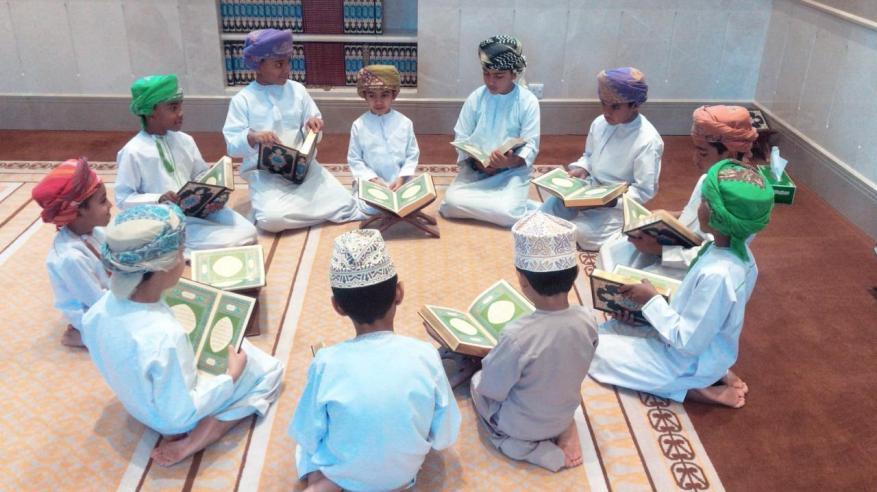 """""""محراب"""" مشروع تطوعي يهدف لإبراز دور المساجد العمانية"""
